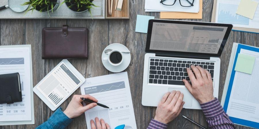 Buscar informacion de la empresa en la que te estas postulando te permite usar lo recolectado para tu carta de presentacion