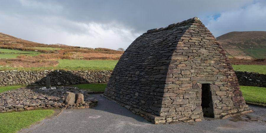 The Gallarus Oratory ubicado en la Península de Dingle Irlanda
