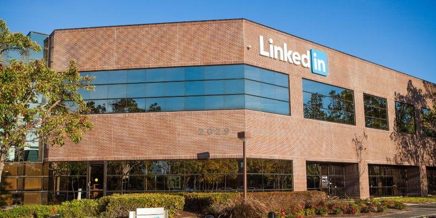 Sede LinkedIn Irlanda con las vacantes de atención al cliente del área de ventas con fluidez de español