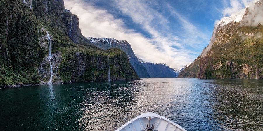 paisaje, canoa en un rio de nueva zelanda