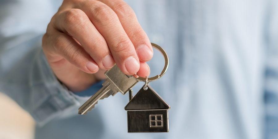 Acude a tu landlord para revisar los contratos de hospedaje
