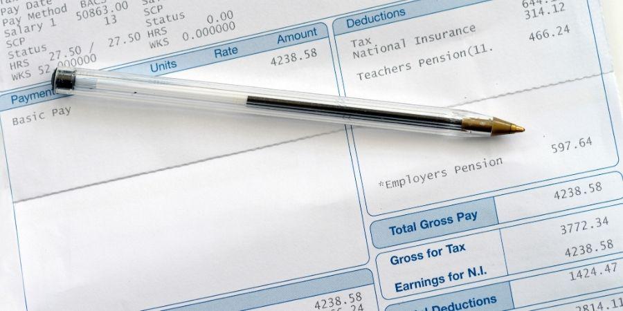 Manten contigo tu payslip esto te ayudare a sacar la contabilidad de tu economia